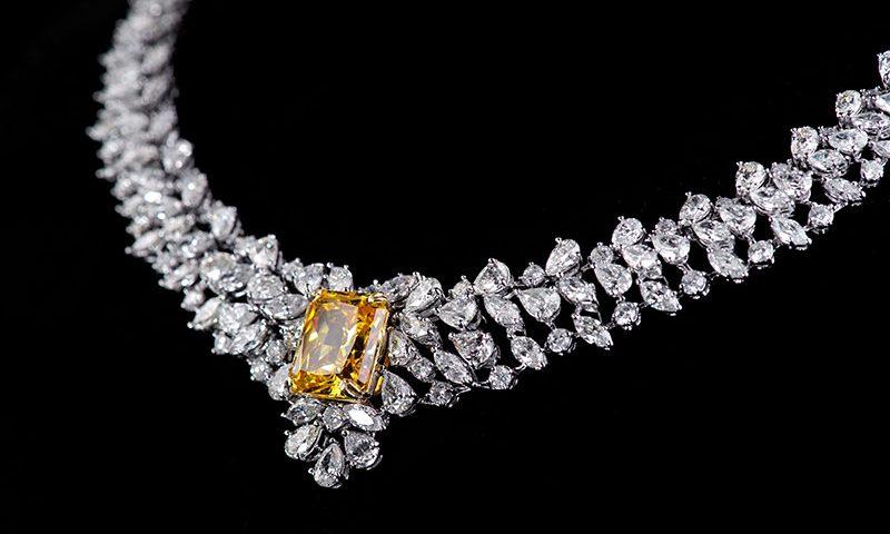 The Jewellery of Elizabeth Taylor | JAKE Blog
