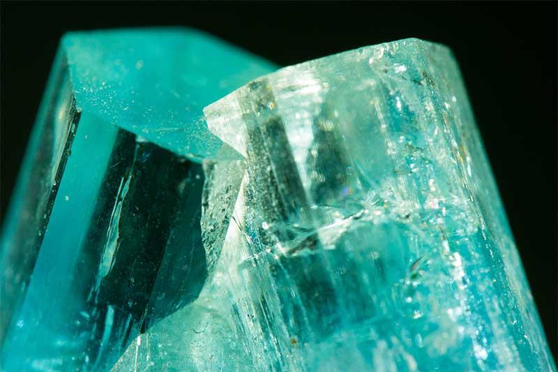 Gemstone of the Week: Aquamarine | JAKE Blog