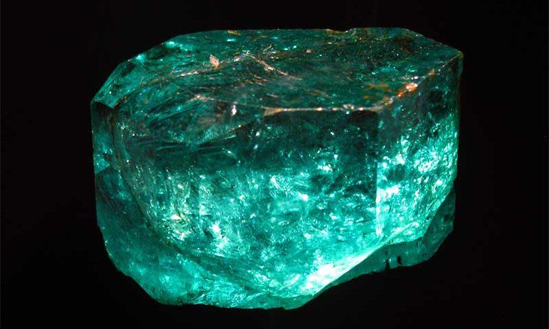 Gemstone of the Week: Emerald | JAKE Blog